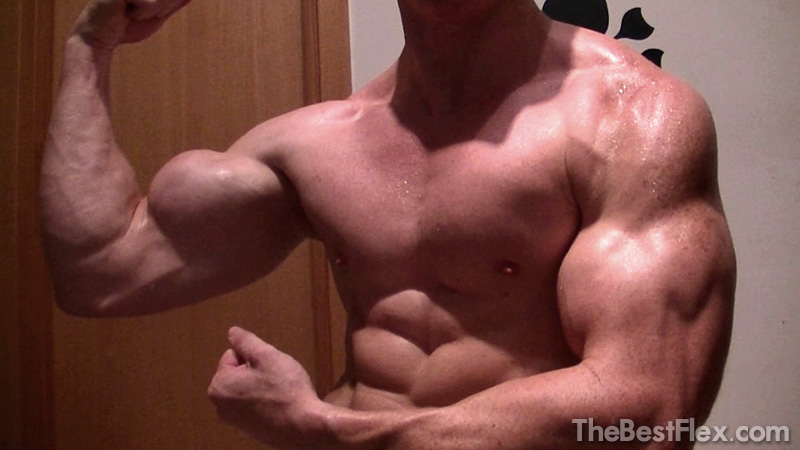 MuscleGod19