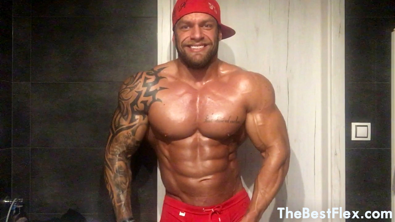 Massive Muscle Model