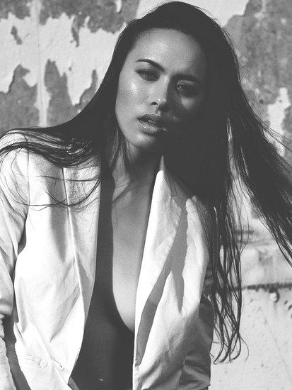 Anne Miles