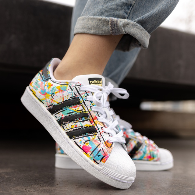 Wonderlijk Rainbow Adidas Superstar | THE CUSTOM MOVEMENT PO-98