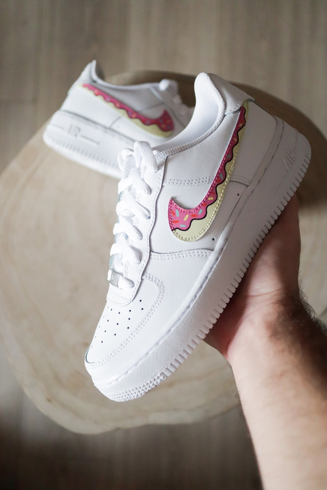 Nike Air Force 1 Donuts Pink