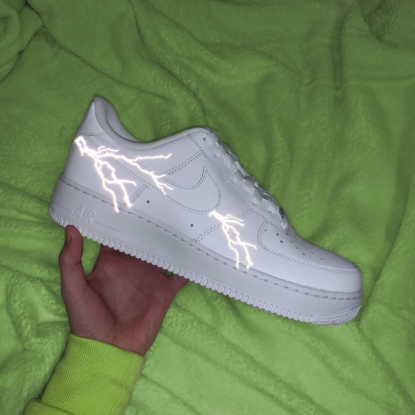 air force 1 lightning
