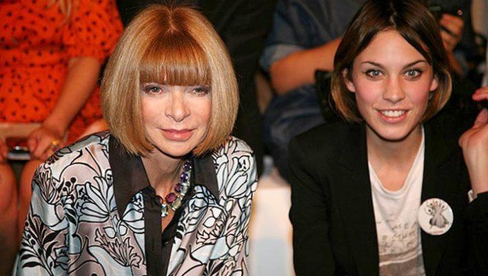 The Battle of Fashion Bloggers & Editors