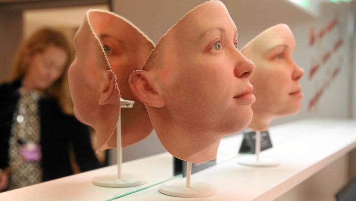 DNA Portrait Sculptures Premiered at Davos