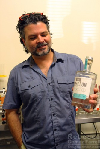 Brad Plummer holding his Gin Farallon.