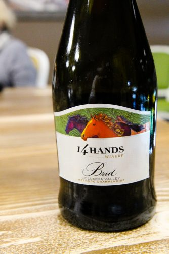 14 hands methode champenoise brut sparkling wine