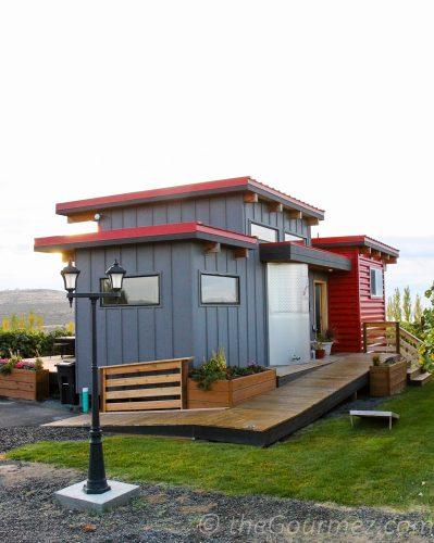 alexandria nicole tiny house