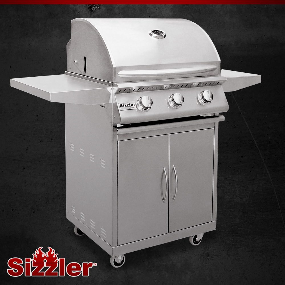 Summerset sizzler in stainless steel gas grill on cart