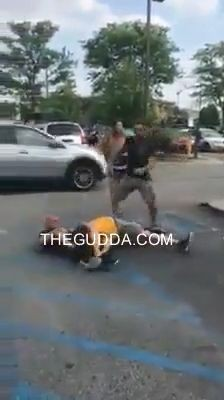 mothers day mayhem fight breaks out at olive garden in louisville parking lot - Olive Garden Louisville