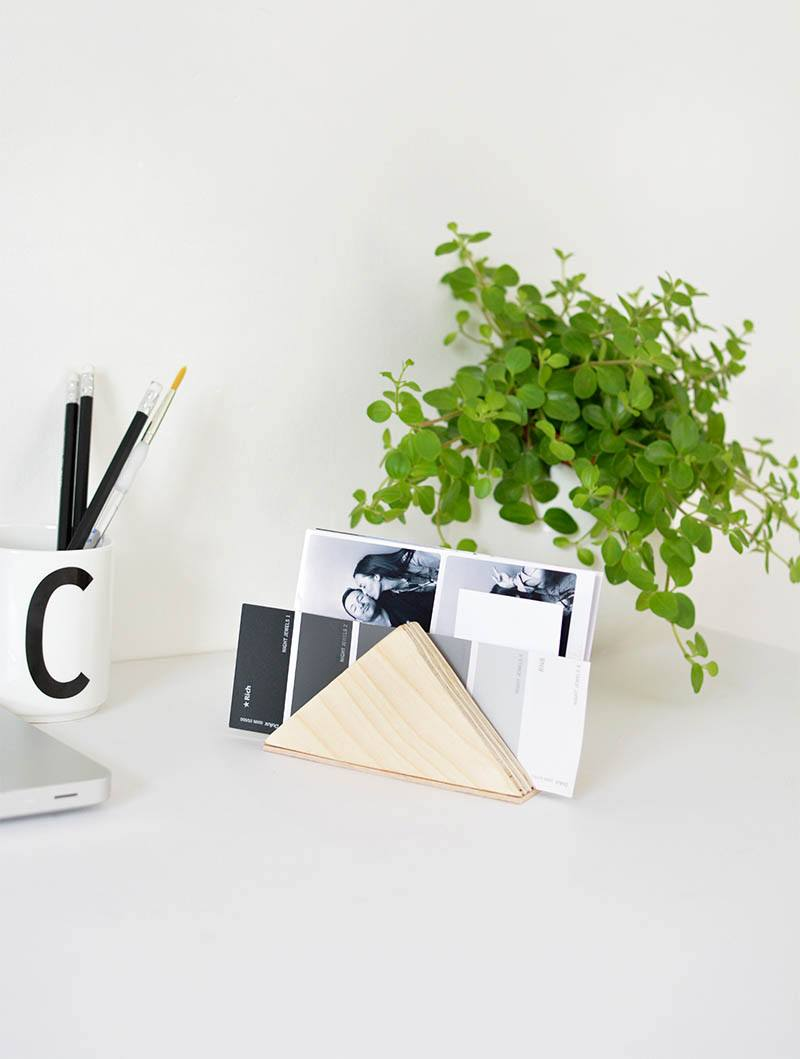 DIY minimal desk tidy