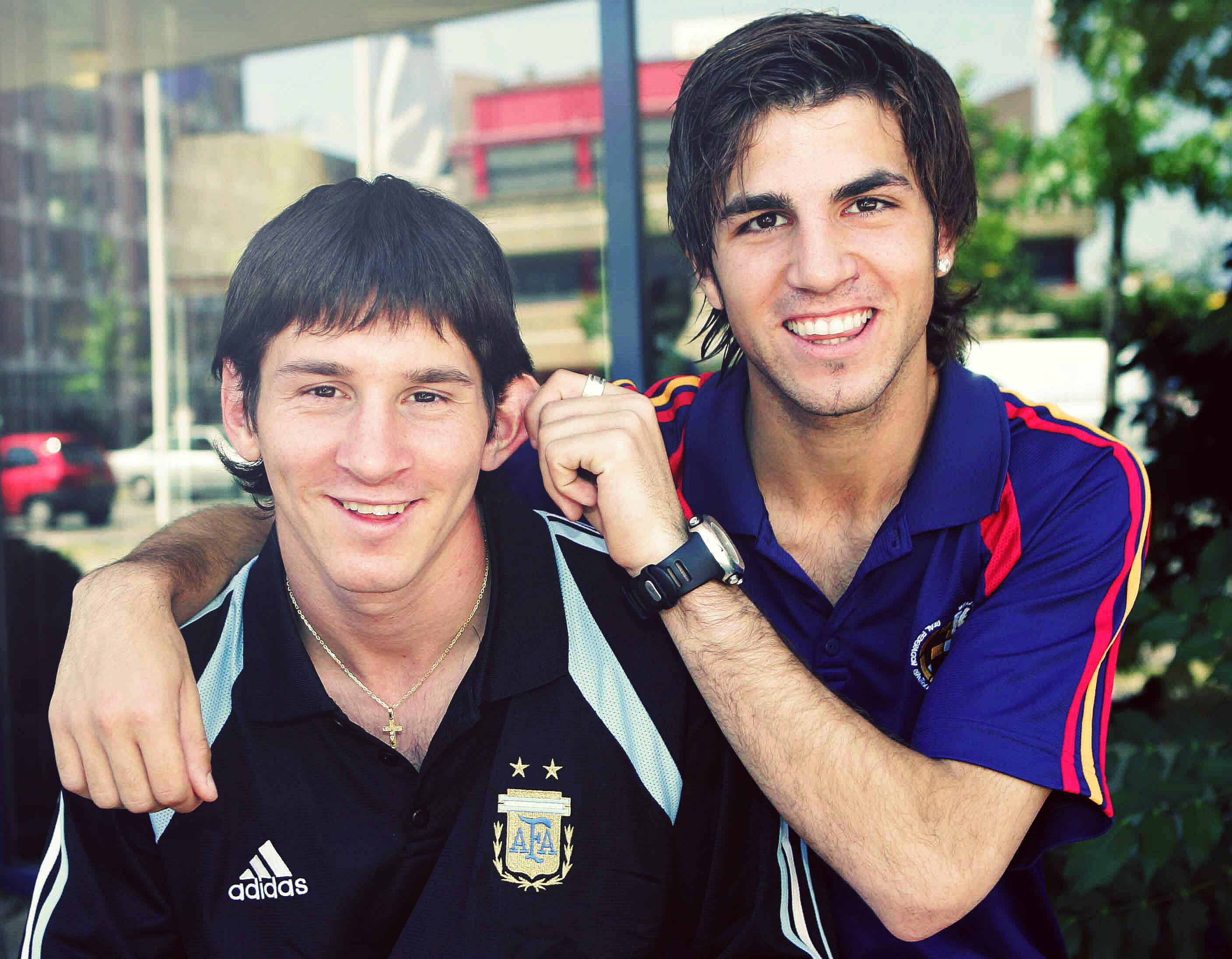 Lionel Messi dan Cesc Fabregas saat masih remaja
