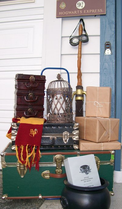 harry potter party ideas crafts how to decorate your home like hogwarts the leaky 6695