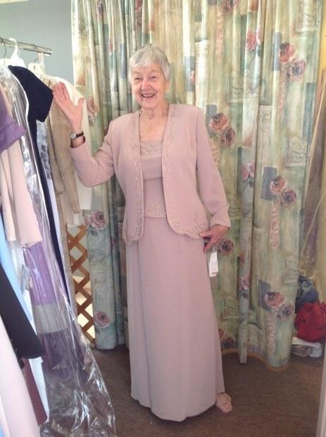 Cynthias Wedding Dress 463X620