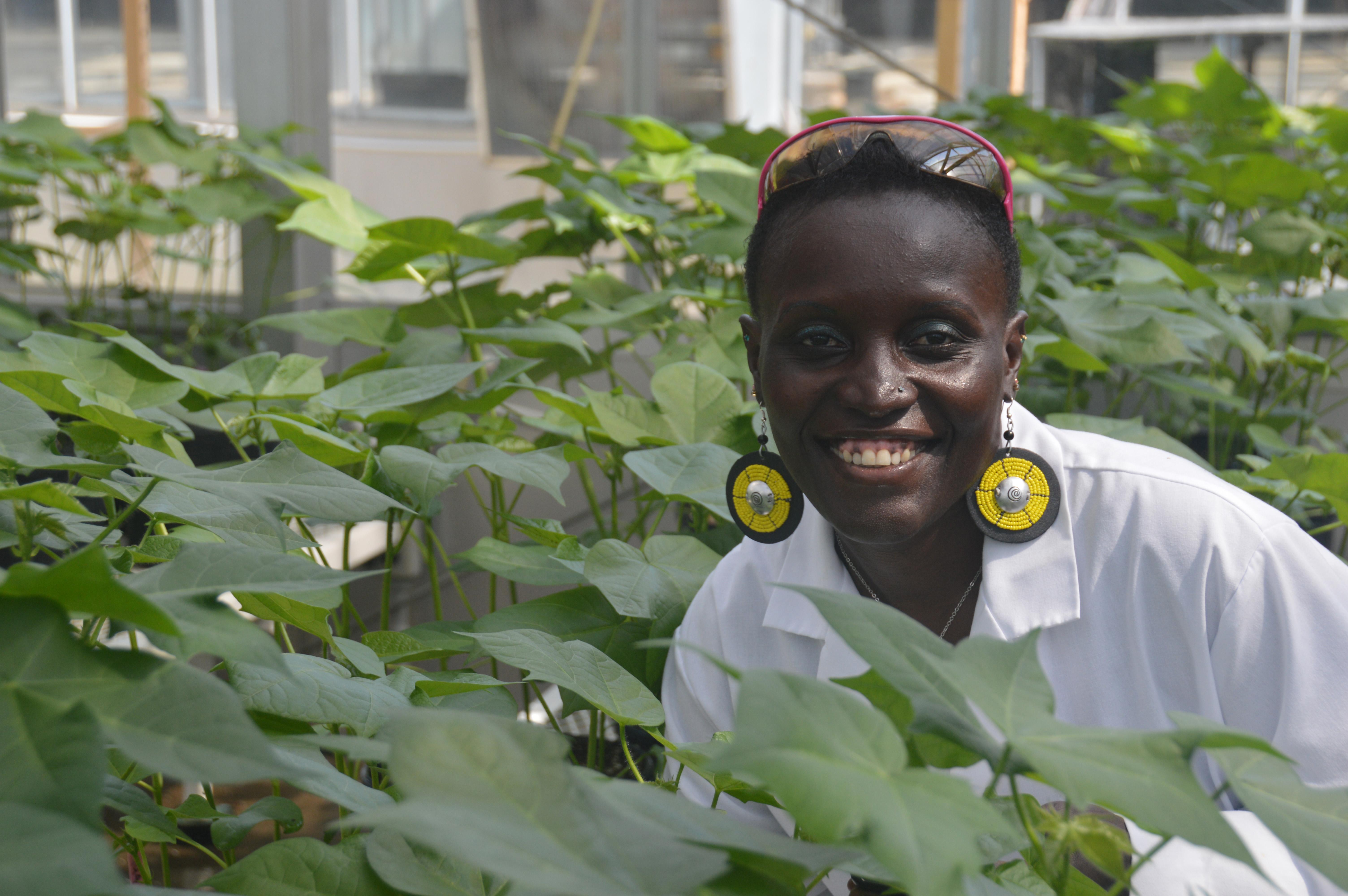 Esther Ngumbi MRH 1808 Extra 2