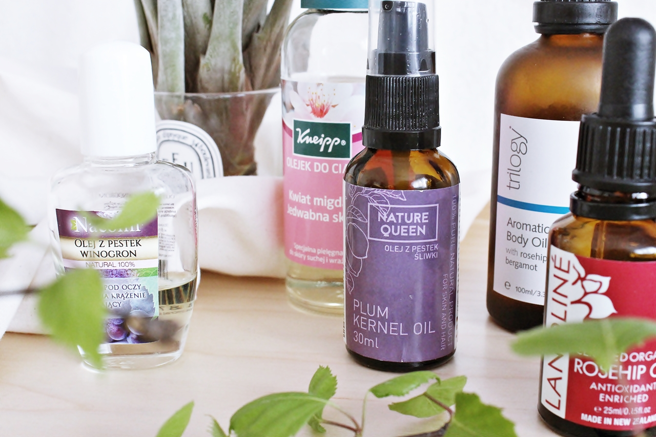7 Essential Oils That Calm Anxiety Instantly