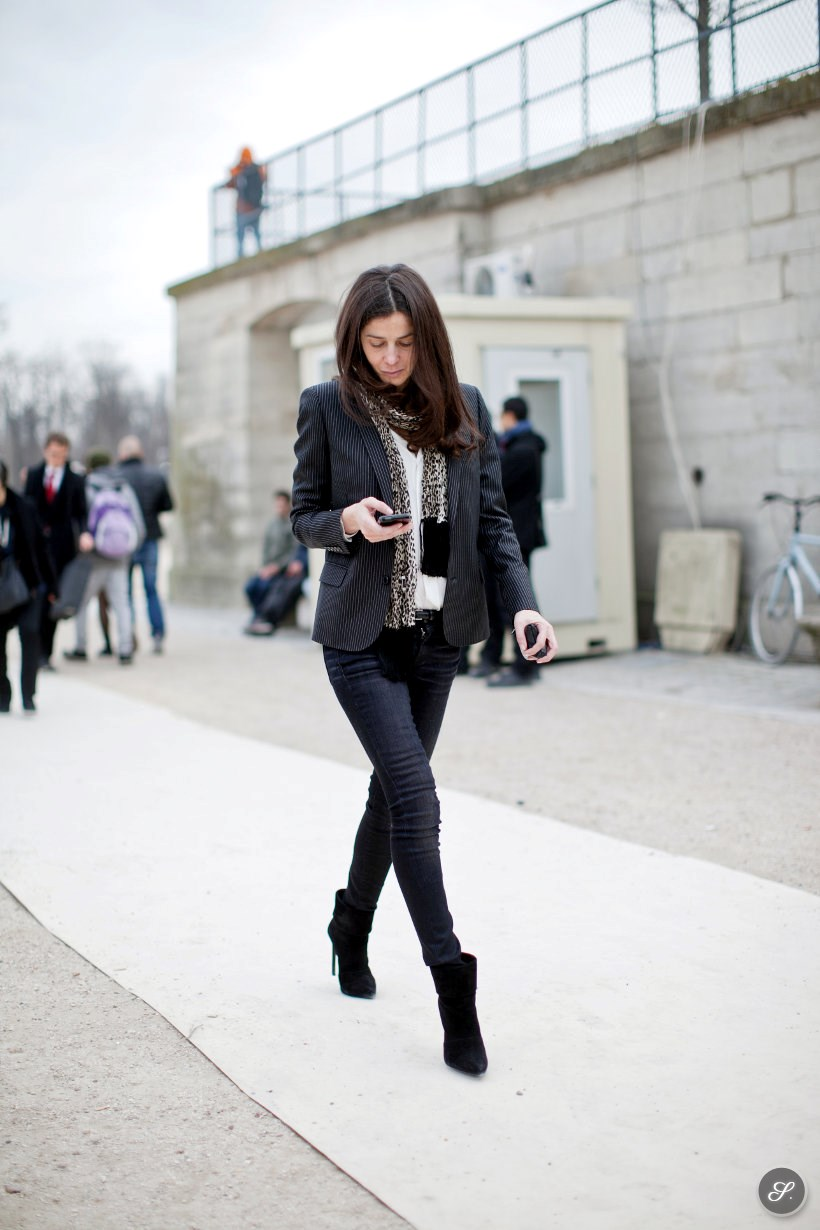 Barbara Martelo on a street style photo taken after Valentino during Paris Fashion Week.