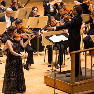 8312 hilary hahn performed dvorak's violin concerto with conductor gustavo gimeno and the bso  10.12.17 %28robert torres%29
