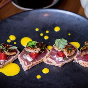 8387 spicy tuna   foie gras tataki