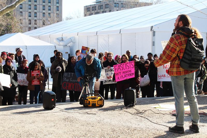8975 sophia fang   protest6