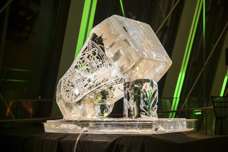9649 ring deliv ice sculpture spread