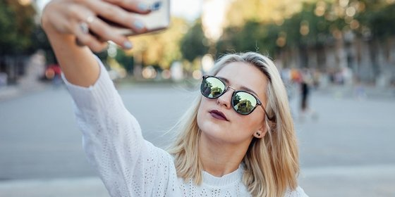 The Negative Effects of Influencers