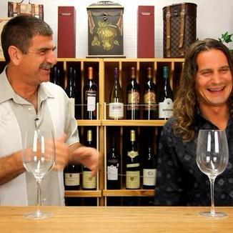 Les Caves Roties de Pente  Winemaker Steve Morvai