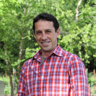 Angel Camp Vineyard Winemaker Philip Baxter