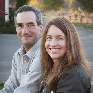 Mike & Molly Hendry Winery Winemaker Mike Hendry
