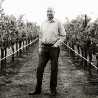 White Hart Winemaker Marcel van Stuijvenberg