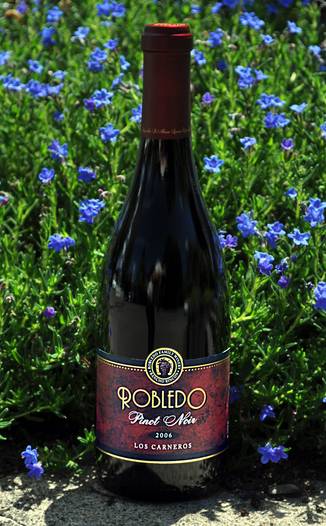 Robledo Family Winery 2006 Los Carneros Pinot Noir 750ml Wine Bottle