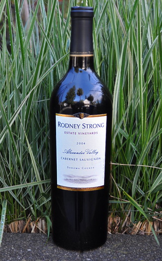 Rodney Strong Vineyards 2004 Alexander Valley Cabernet Sauvignon 750ml Wine Bottle