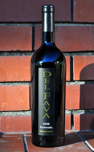 Del Fava Family Winery 2009 Mounts Vineyard Zinfandel 750ml Wine Bottle