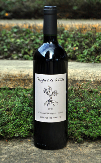 Racines de la Terre 2009 Graves de Vayres, Bordeaux  750ml Wine Bottle