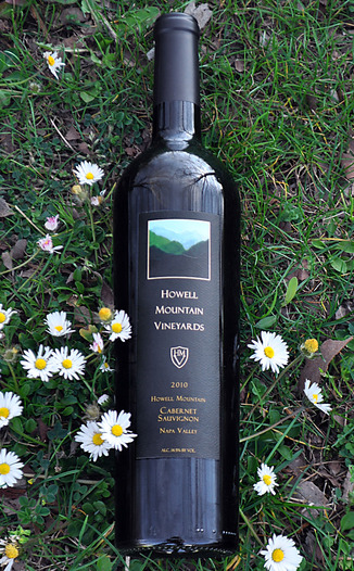 Howell Mountain Vineyards 2010 Howell Mountain Cabernet Sauvignon 750ml Wine Bottle