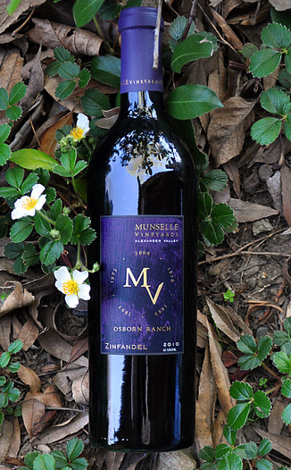 Munselle Vineyards 2010 Alexander Valley Zinfandel 750ml Wine Bottle