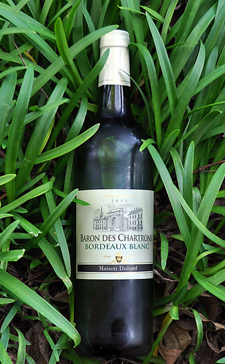 Maison Duhard 2011 Baron Des Chatrons Bordeaux Blanc 750ml Wine Bottle