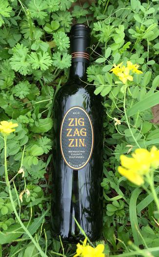Mendocino Wine Company 2010 Zig Zag Zinfandel 750ml Wine Bottle