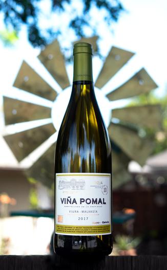 Bodegas Bilbaínas 2017 'Viña Pomal' Blanco Rioja DOCa 750ml Wine Bottle