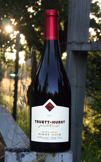 Truett-Hurst Vineyards & Winery 2007 Black Sheep Pinot Noir 750ml Wine Bottle