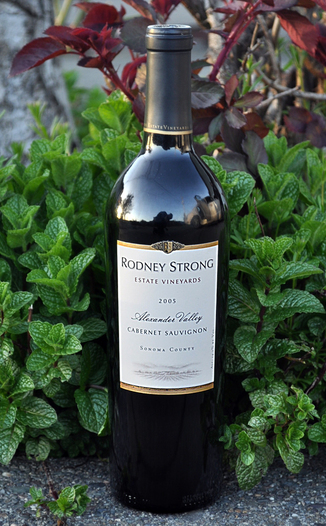 Rodney Strong Vineyards 2005 Alexander Valley Cabernet Sauvignon 750ml Wine Bottle