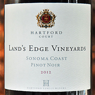 Hartford Family Winery 2012 Land's Edge Vineyards Sonoma Coast Pinot Noir 750ml Wine Label