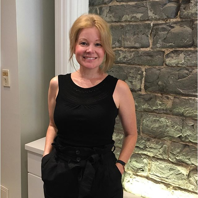 Super happy to announce our wonderful stylist Tina has moved up to an advanced stylist! Call or book online to get in for an appointment️⭐️ • • • #aveda #avedacanada #davines #davinescanada #hairstylist #kingstonhairsalon #kingstonhairstylist #kingstonontario #downtownkingston #ygk #ygksalons #queensu #slc