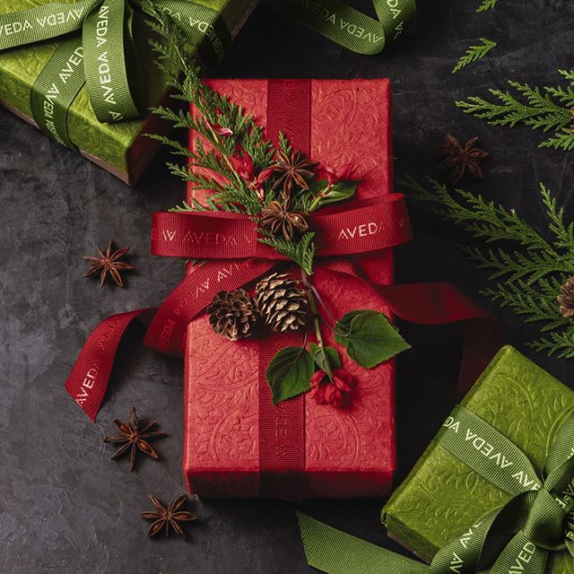 Open at this location from 12-2 tomorrow for all of your last minute shopping! Come check out our awesome deals this holiday season! • • •  #holidayshopping #avedaholiday #davinesholiday #gleejewelry #depotmentools #downtownkingstonontario #ygk #kingstonontario #kingstonsalon