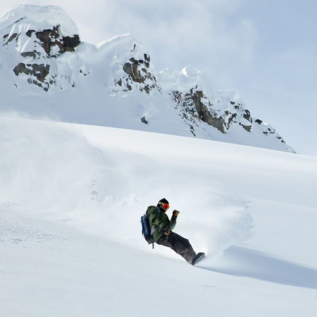 @spennybutgoodie making his mark with some effortless style in the spring pow. ⁠ .⁠ #FromTheArchives #ExploreBCLater⁠ .⁠ @dibbledibble