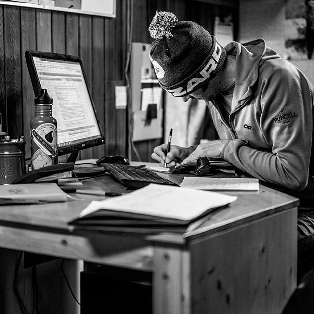 It's not all skiing powder. A rare capture of the daily paperwork - observation and analysis - that starts and ends every day in the backcountry.  Safety and teamwork relies on keen eyes, constant integration of what's observed and solid communication within the team.  This part ensures that there's lots of epic pow shots to be gotten all day long!  #skiguiding #acmg #backcountrysafety #doyourhomework  @mountainmancole