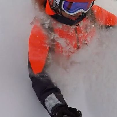 Wait for it.... DEEP turns are waiting in them glades. #yeehaw #getsome @jeffgertsch @hellyhansen