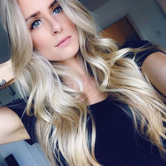 Check out this gorgeous blonde