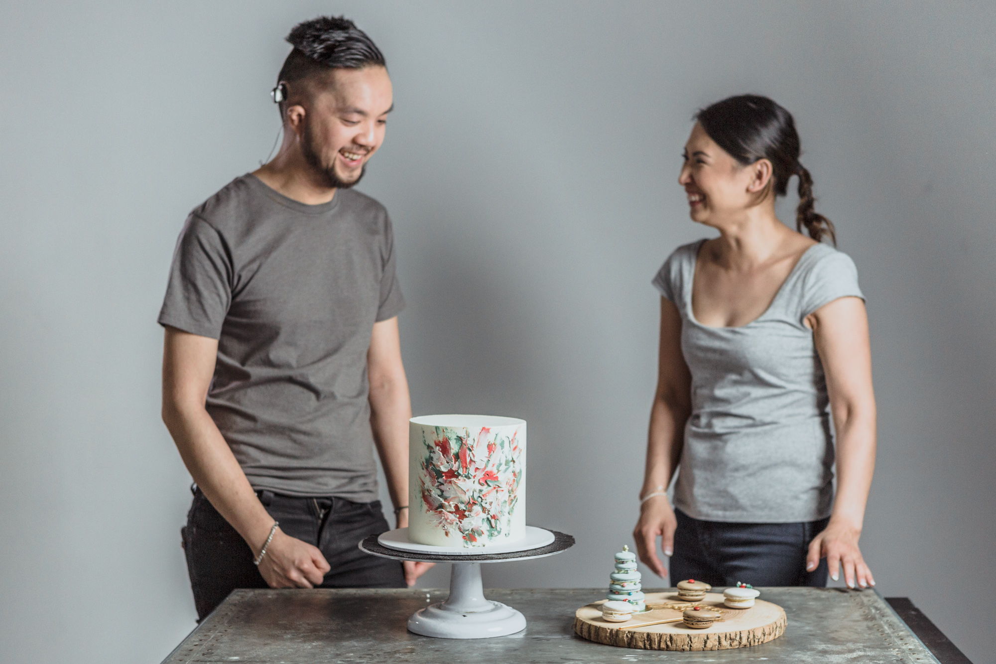 2 online modules paired together to help you build your baking and decorating skills