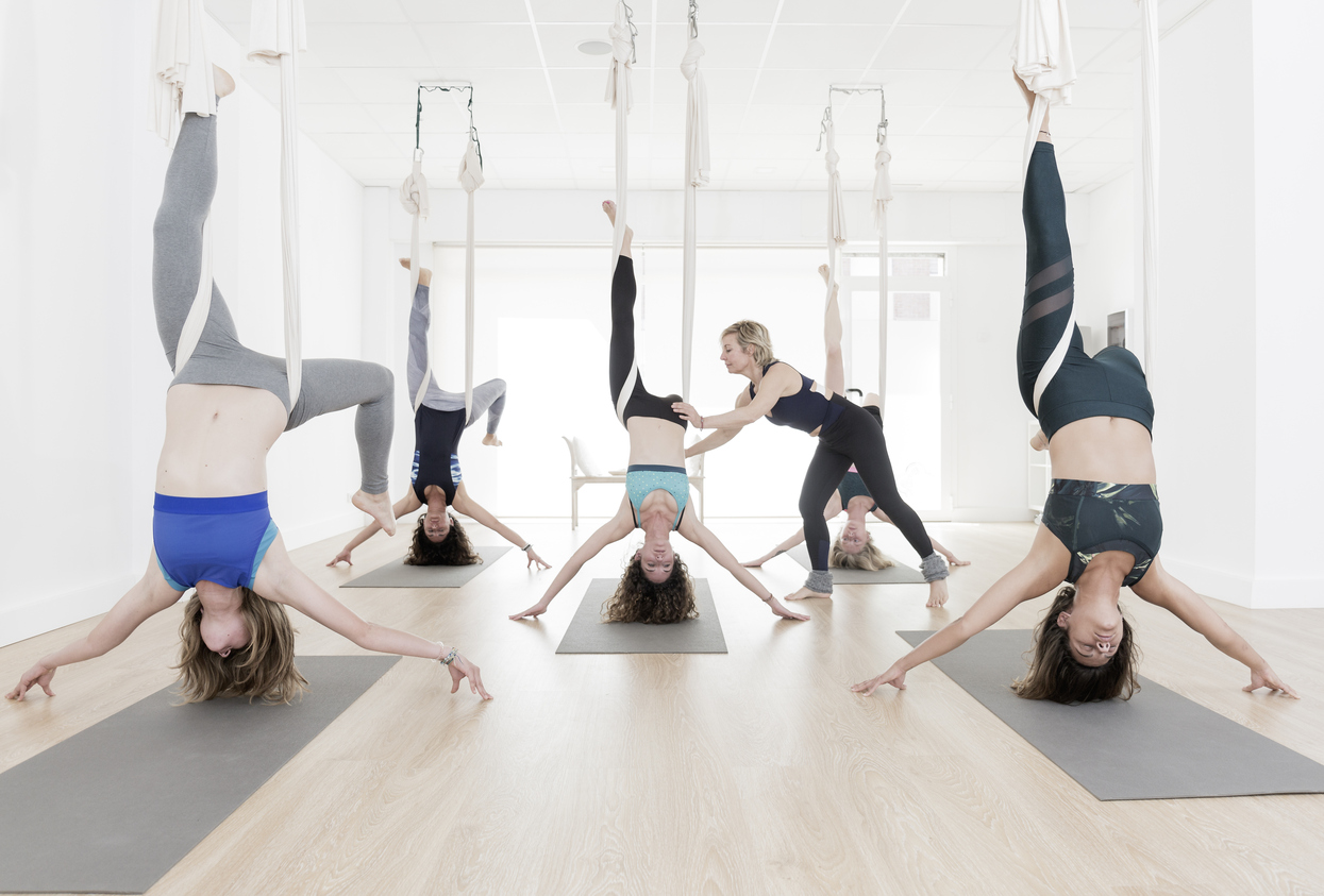How To Choose the RIGHT Aerial Yoga Teacher Training for YOU