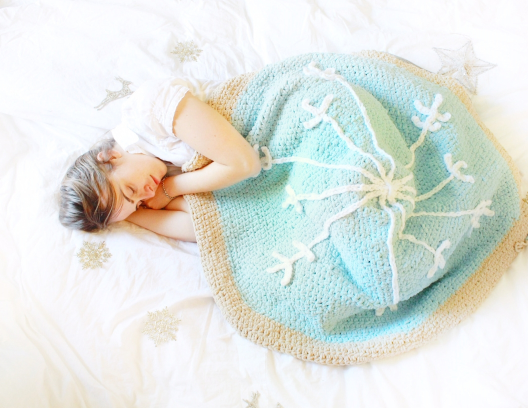 Sugar Cookie Snowflake Blanket